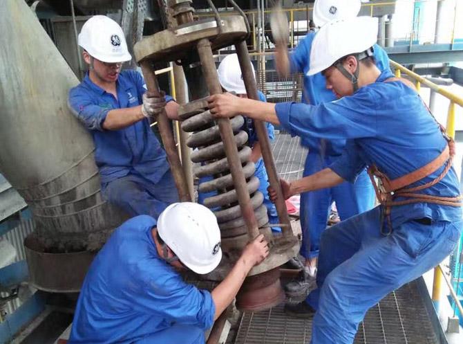 河南某发电公司2×300MW机组锅炉安全阀检修校验